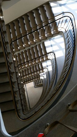 Motel One Essen : Staircase
