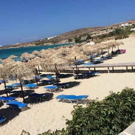 Archipelagos Resort Hotel : Marcello Strand, nördl.von Parikia