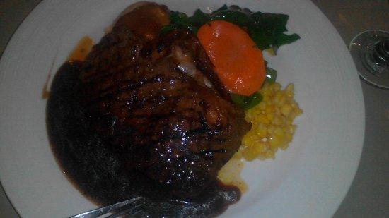 Brass Monkey Cafe & Bar: beef