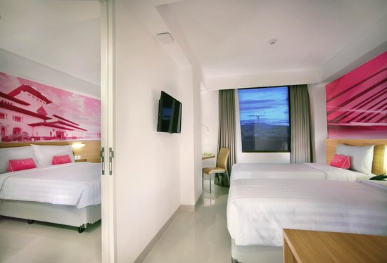 Favehotel Hyper Square Connecting Room