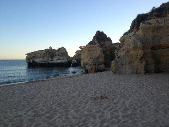São Rafael Atlântico: The beach below the hotel