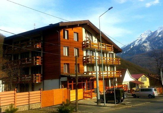 Velia Hotel