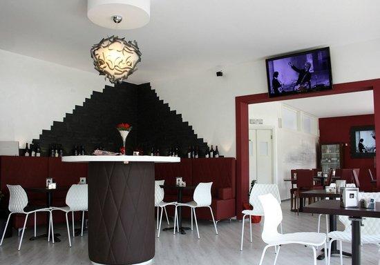 Bar Ristorante Principe: La zona degustazione vini