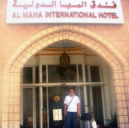 Al Maha International Hotel: Me @ the Hotel Facade