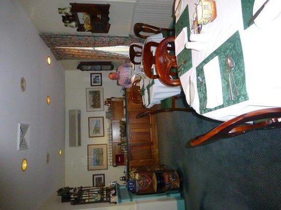 The Old Bakery Inn: Breakfast room