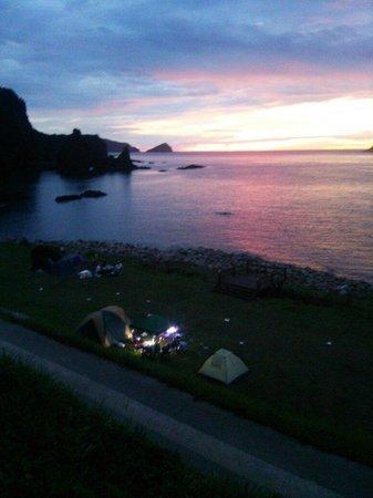 Akiya Beach: 明屋海岸でキャンプ(^^)/
