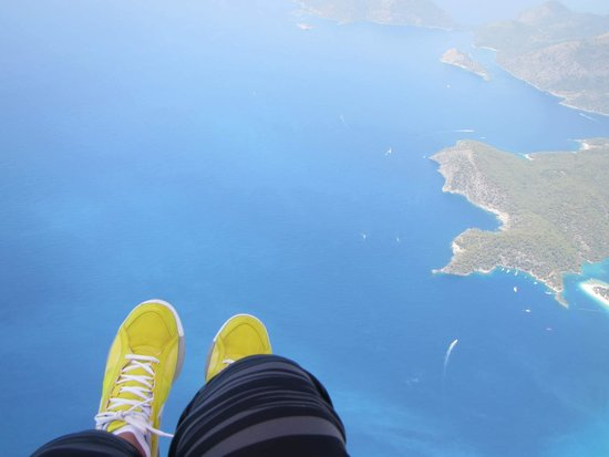 SENTIDO Lykia Resort & Spa: Amazing paragliding