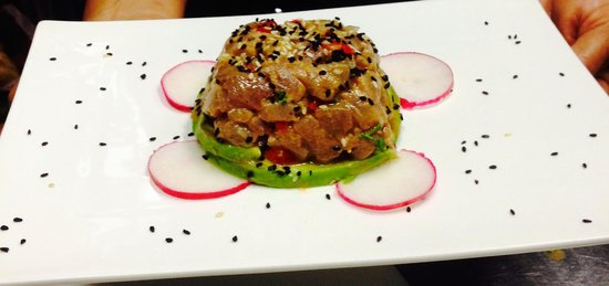 Z Gastro Bar: Tuna Tartar