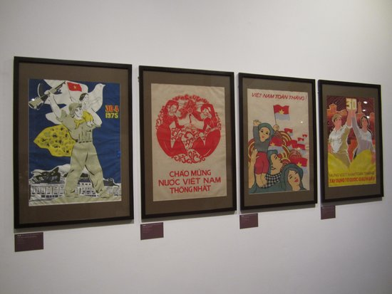 Vietnamese Women's Museum: Posters from the war