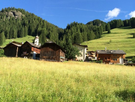 Dolomites Inn: Panorama dalla camera