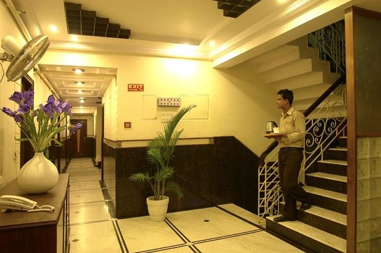 Hotel Sita International: Corridor