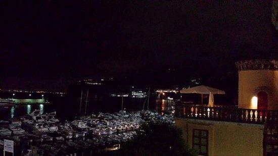 Marina Piccola 73: view of terrace at night