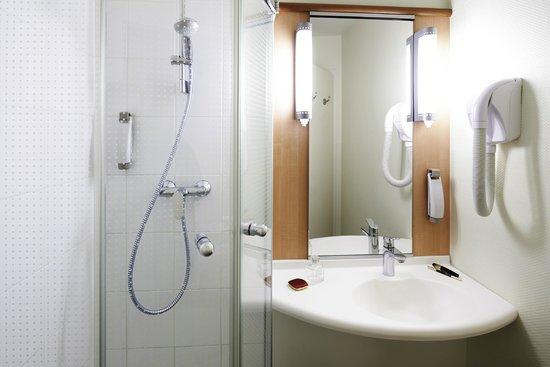 Ibis Strasbourg Centre Gare : Salle de bain