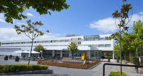 Attica21 as galeras hotel oleiros espagne voir les for Hotel jardin oleiros