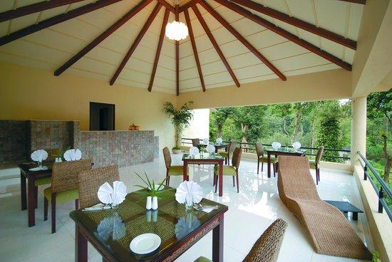 Suntikoppa, India: spa dining