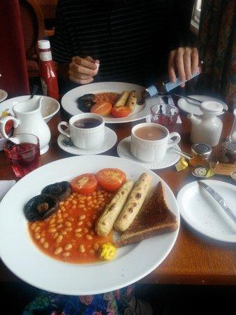 The Roebuck Hotel: Vegan breakfast!