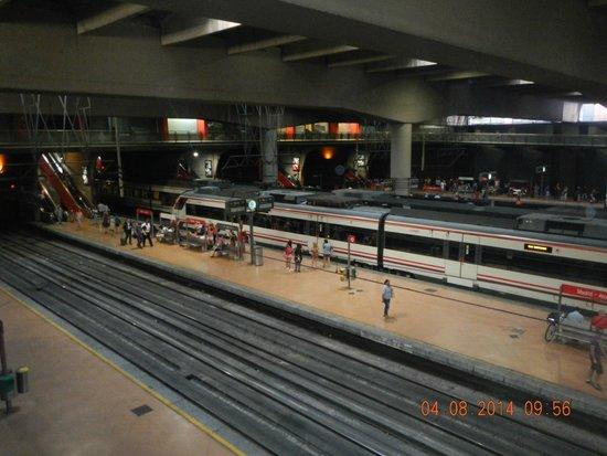 Estación de Atocha: andenes.