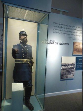 National Civil War Museum : costumes et commentaires