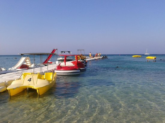 Iliada Beach Hotel: watersports area