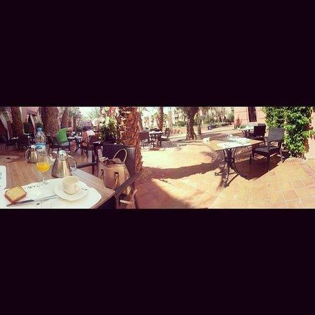 Hotel Les Jardins de l'Agdal: breakfast