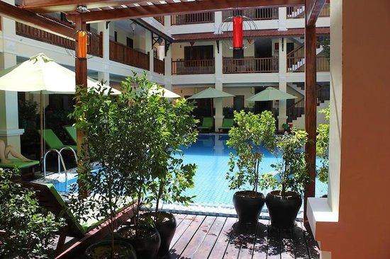 Green Heaven Resort & Spa: pool area