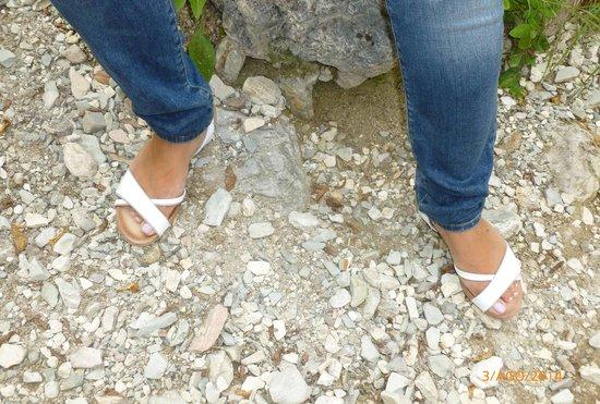 Civitella del Tronto, Italy: Le calzature di una mia amica