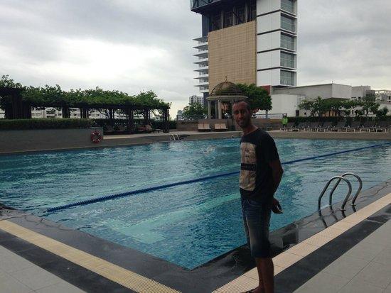 Pathumwan Princess Hotel : pool