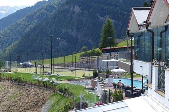 Mountain Spa Resort Hotel Albion: Neuer Skypool