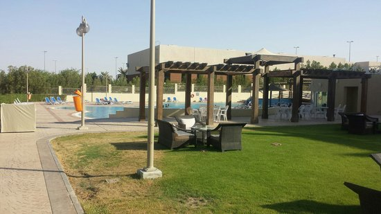 Al Jahra Copthorne Hotel & Resort: Big pool