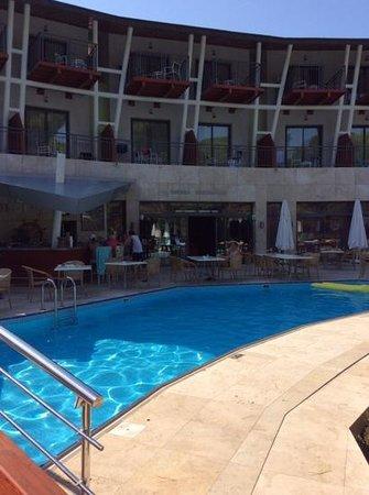 Cornelia De Luxe Resort: hedera (mediterranean al a carte) where  you can also have breakfast!