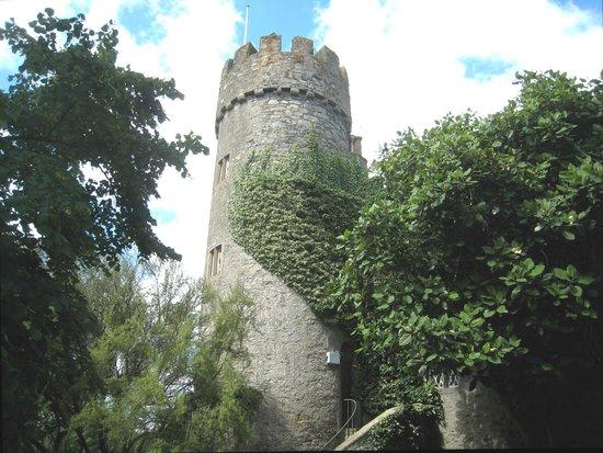 Malahide Castle: Grand view