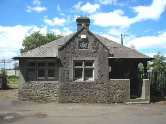 Malahide Castle: Entrance lodge
