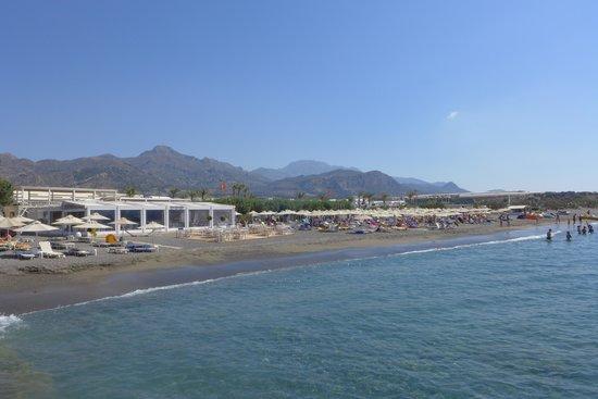 Ostria Resort & Spa : vu de la plage