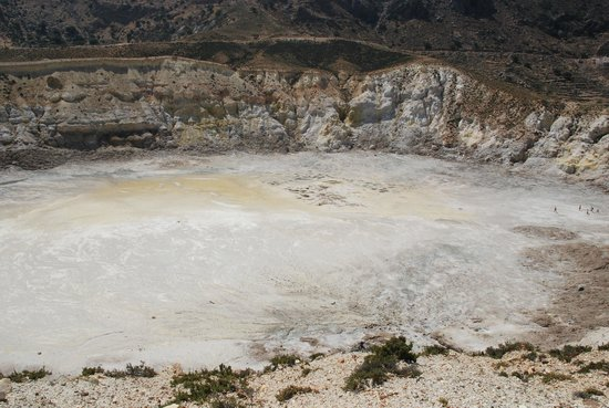 Nisyros: кратер вулкана
