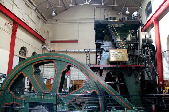 Kelham Island Museum: The big steam engine!