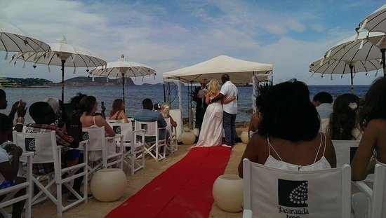 Jacaranda Lounge: Such a beautiful ceremony