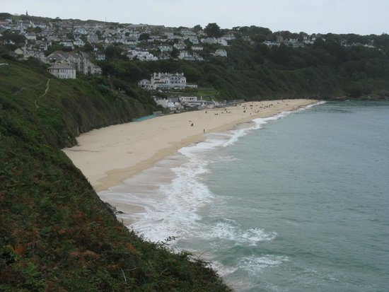 Cornwall Coast Path: Approaching Carbis Bay on the South West Coast Path