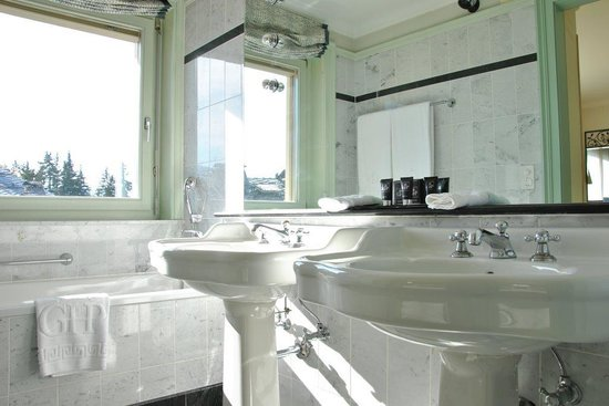 Grand Hotel du Golf & Palace: Salle de bain