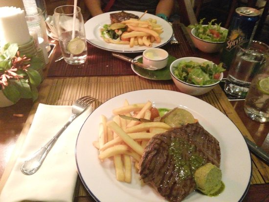 L'Elephant Restaurant: food