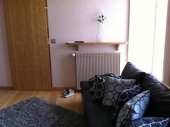 Le Prieure Hotel-Restaurant : living room