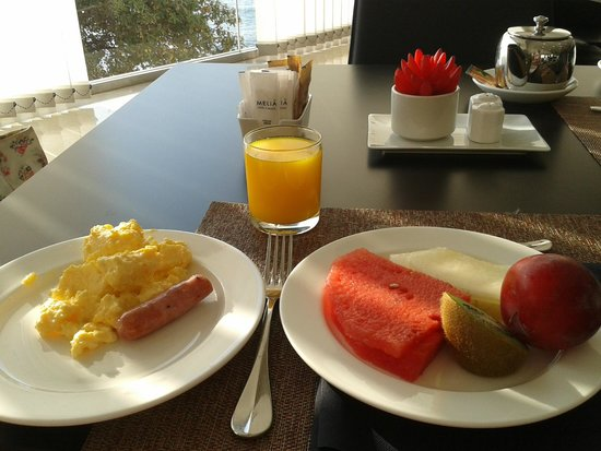 Melia Alicante : Breakfast