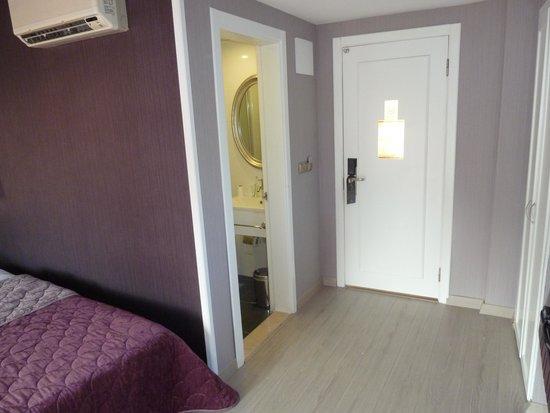 Ideal Pearl Hotel : La chambre