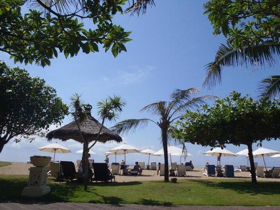 Grand Mirage Resort: Beach