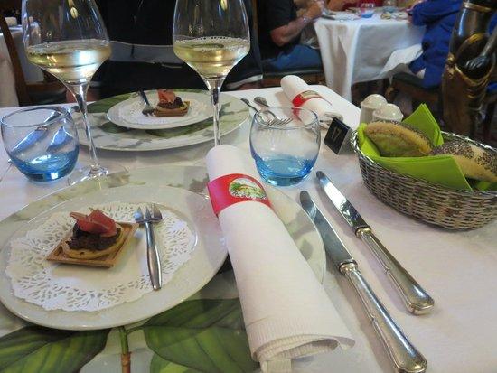 Romantik Hotel Du Parc: Aperitiefhapje