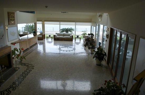 Albatroz Beach & Yacht Club: Lobby