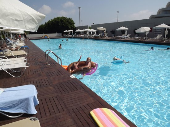 Kervansaray Lara Hotel: relaxing pool