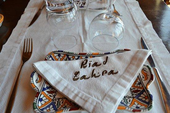 Zahra´s Grill : La mesa