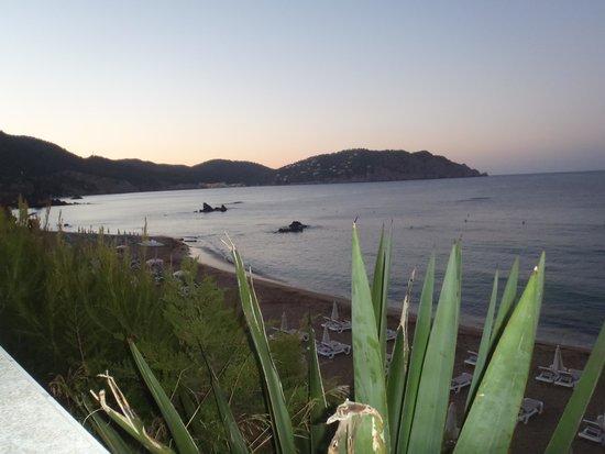 Invisa Hotel Club Cala Blanca : vue du restaurant