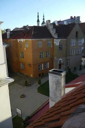 16eur Old Town Munkenhof Guesthouse : View out of top floor window