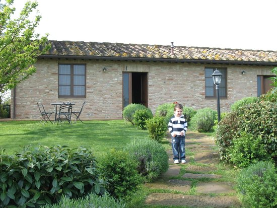 Agriturismo Renaccino: ingresso appartamento